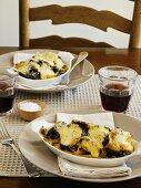 Nudel-Pilz-Gratins, mit Käse überbacken