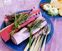 Napkins held together by Chinese silvergrass & lavender