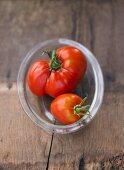 Two tomatoes, variety 'Handschussheimer Feld'