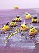 Sablés with pistachios and cherries