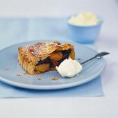 Prune and apricot pie with rum and mascarpone