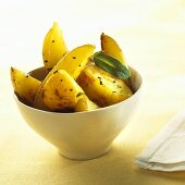 Potato wedges with sage and garlic