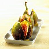 Fresh figs with orange sauce