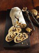 Wachau gingerbread with nuts and raisins