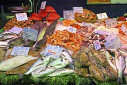 Fish and seafood on a market stall (Mercat de St. Josep (Boqueria), Las Ramblas, Barcelona, Spain)