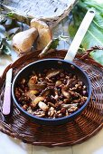 Pan-cooked ceps with nuts