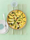 Asparagus, goat's cheese and dried tomato tart
