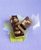 Shortcakes with macadamia chocolate truffle