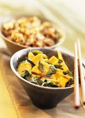 Deep-fried tofu with bamboo shoots and spinach