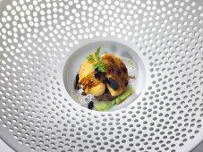 Kartoffelravioli mit Ochsenschwanz und Trüffeln