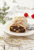 Christmas poppyseed strudel with almonds