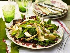 Turkey salad with fried pears