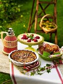 Pear tart, pie with red wine pears and pear muffins