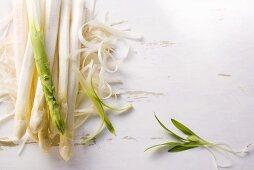 Peeled asparagus spears