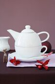 A cup and a teapot in one