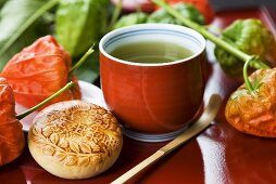 Green tea with Japanese bean paste pie