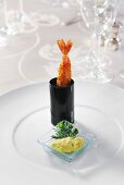Mise en bouche: prawn with dip