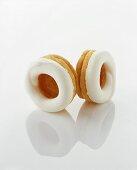 Jam biscuits with meringue
