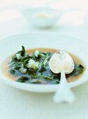 Spinach soup with garlic and Parmesan