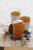 Mini cakes with chai tea spices
