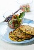 Frittelle di verdure e insalata mista (Vegetable cakes & salad)