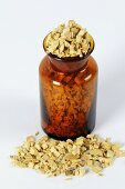 Clematis armandii stem (Caulis Clematidis Armandii, Mu Tong) in bottle