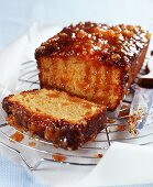 Loaf cake with marmalade