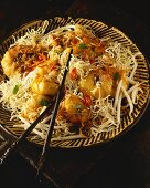Pad Mee Krob (deep-fried rice noodles with prawns, Thailand)