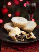 Festive mince pies with a brandy butter (Christmas)