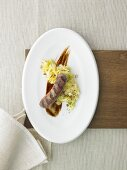 Deichlamm sausage with malt beer and pointed cabbage