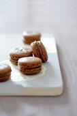 Chocolate macaroons with Tonka beans