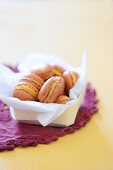 Macaroons with carrot-nut cream