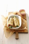 Pancake rolls with asparagus