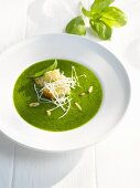 Pesto with pine nuts, basil, white bread and Parmesan
