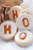 Spitzbuben (jam biscuits) with icing sugar