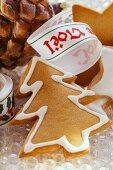 Gingerbread fir tree and cinnamon stars
