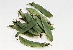 Fresh mangetout peas
