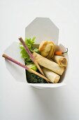Deep-fried wontons and spring rolls to take away