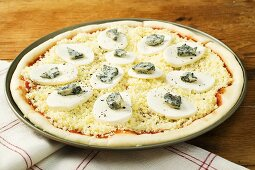 Three cheese pizza (unbaked)