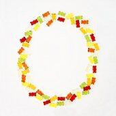 Gummi bears forming the letter O