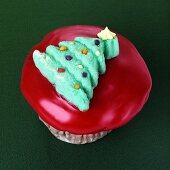 Cupcake with Christmas tree decoration