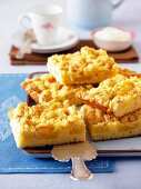 Pineapple and coconut crumble cake