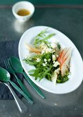 Rocket salad with pears and sheep's cheese