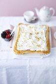 Gooseberry cake with vanilla cream