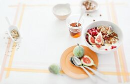 Muesli with figs and pomegranate seeds
