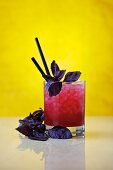 Red Basil Smash: cocktail made with gin and red basil