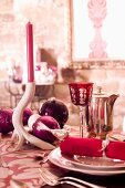 A pink Christmas place setting