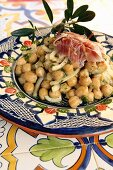Chickpea salad with ham