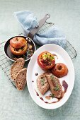 Calfs liver with spicy baked apples