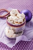 Meringues with dates and walnuts
